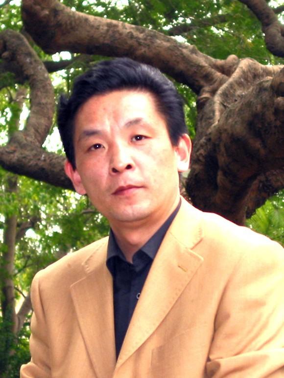 国画家胡杨艺术追求及作品赏析