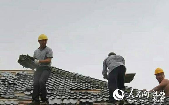 人民网南通7月5日电(记者王继亮)5日凌晨5时许,江苏如东县双甸镇