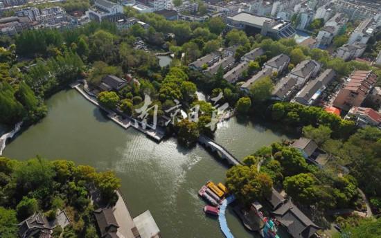 鸟瞰南京白鹭洲公园:春色满园醉金陵