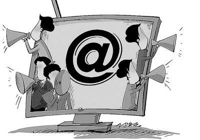 """今天的网络舆情,更多地表现为部分城市网民在社区舆情中产生""""代入感"""",对自己的身边事念念在心,从自己的生活境遇出发产生情感共鸣……"""
