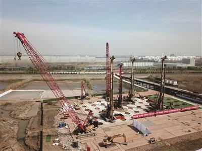 南京仙新路过江通道十大赚钱行业主塔开钻2024年建成通车