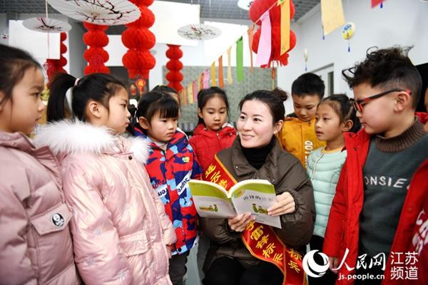 """连云港连云区:志愿服务让城市文明再""""升温"""""""