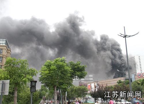 盐城一在建商业广场半年内两次失火
