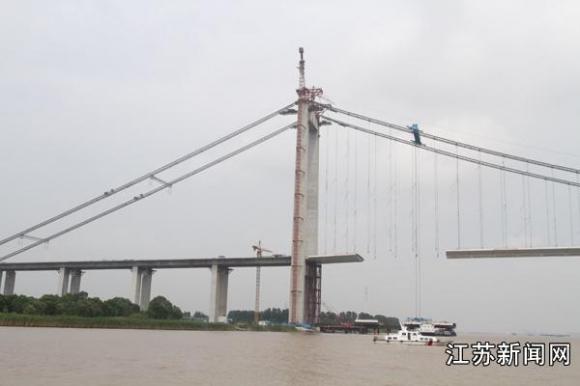 水中钢结构吊装