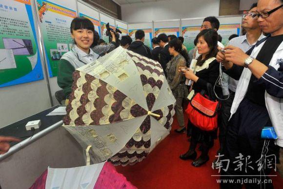 南京中小学生科技小发明展示奇思妙想图片