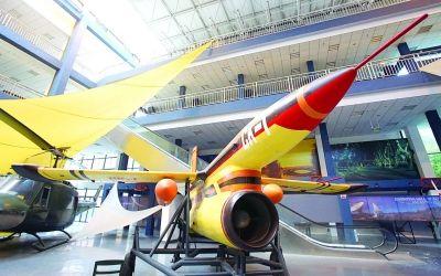 南航开放航空航天馆 市民可参观馆藏飞机