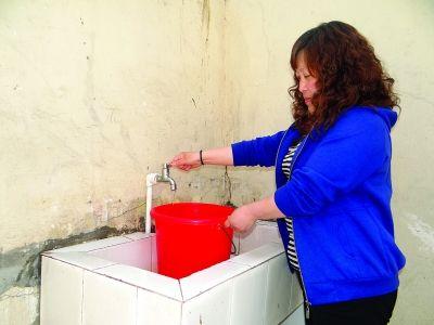 饮用水桶测图绘制三视图