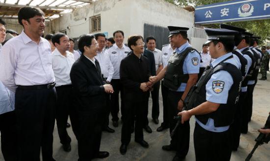 孟建柱:新疆暴力恐怖分子是全国人民之敌