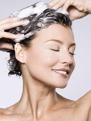 中医养生:6种洗头方法洗掉健康 头发把把掉